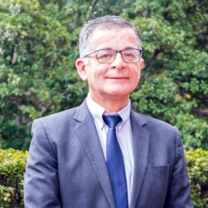 Luis Jorge Hernández. Doctor en Salud Pública